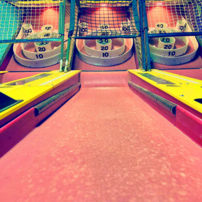 old fashioned skeeball game
